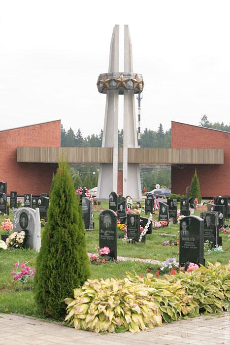 Памятники в санкт петербурге фото перепечинское цены на памятники в ярославле витебске