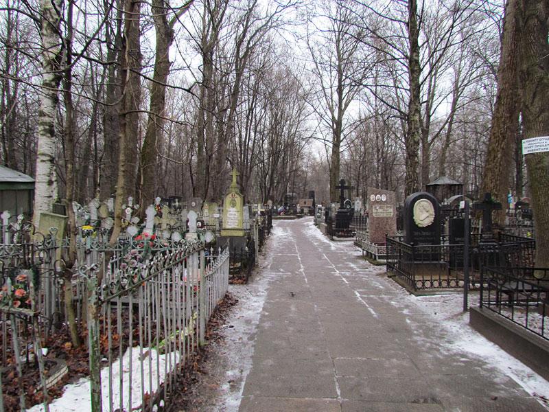 Большеохтинское кладбище