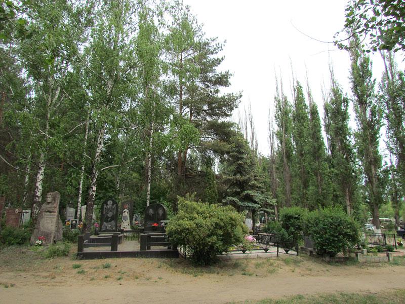 Памятник в уфе западное кладбище уфу адрес фото на памятнике цены гранитном новоорского района